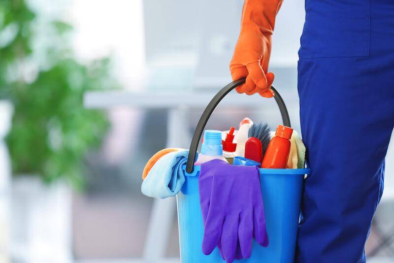 Recruter un agent de nettoyage en collectivité - Adaptel