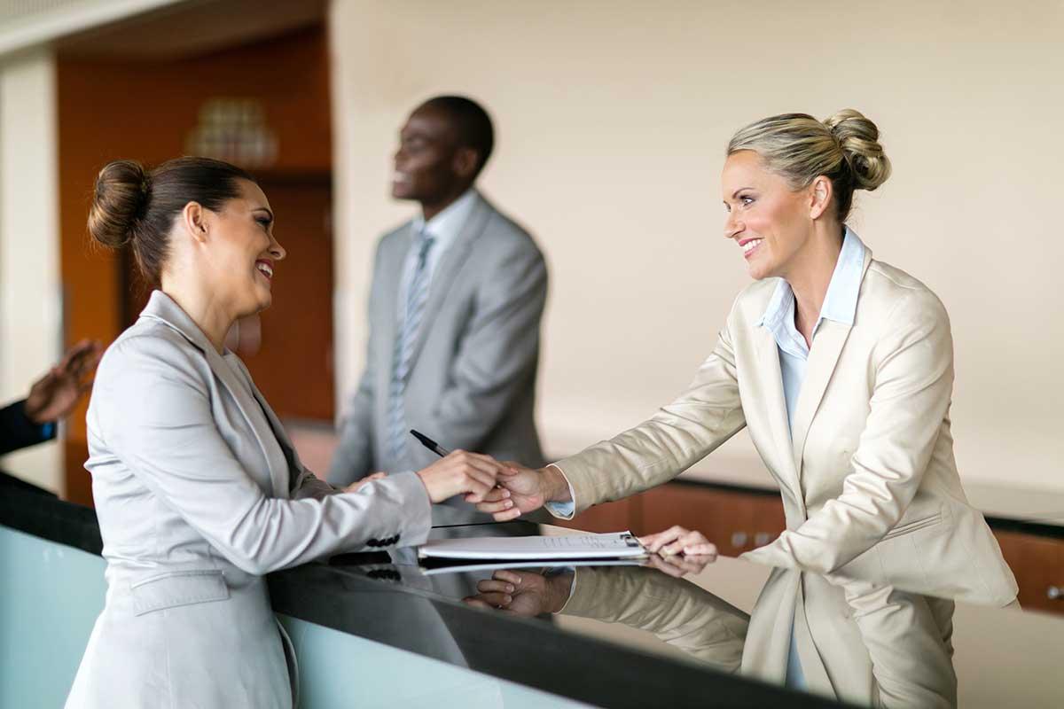 Fiche de poste : Réceptionniste de jour